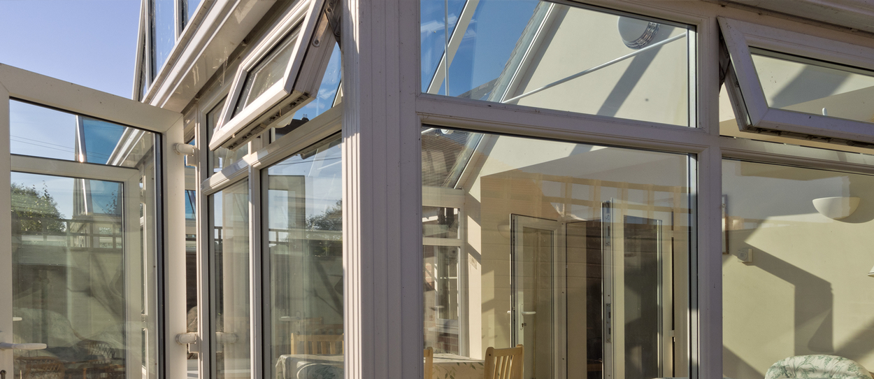 conservatory cleaning in bournemouth, poole and dorset